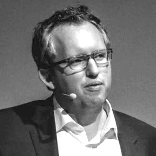 Prof Jörg Claussen